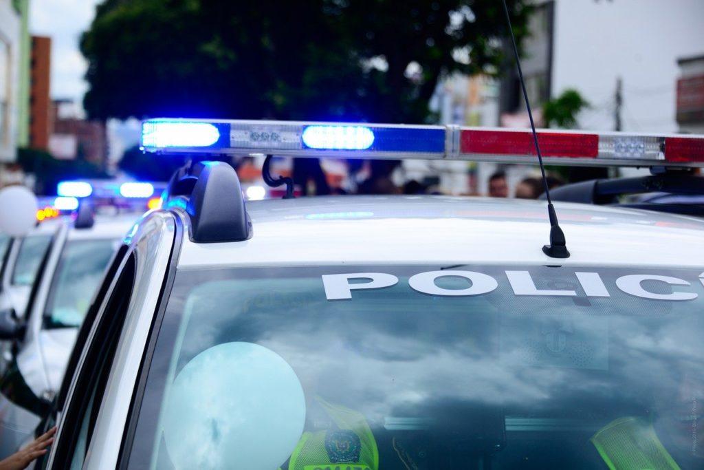 car, police cars, caravan